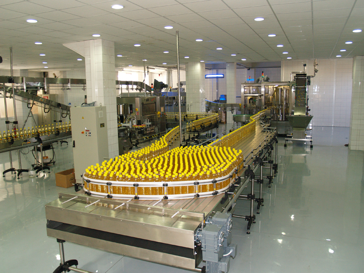 why with index 6 experience? oil filling linesoil_filling oil_filling bottles_treatment conveyor oil_line
